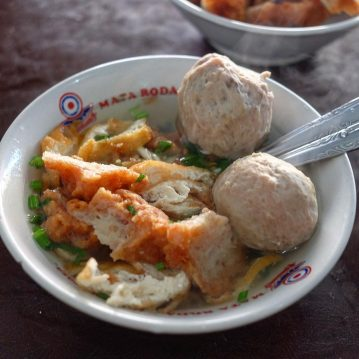 Bakso recipe  - Popular Indonesian Meatball Soup Recipe